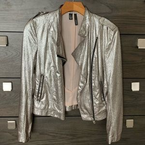 🤍 Silver Faux Leather Bomber Jacket